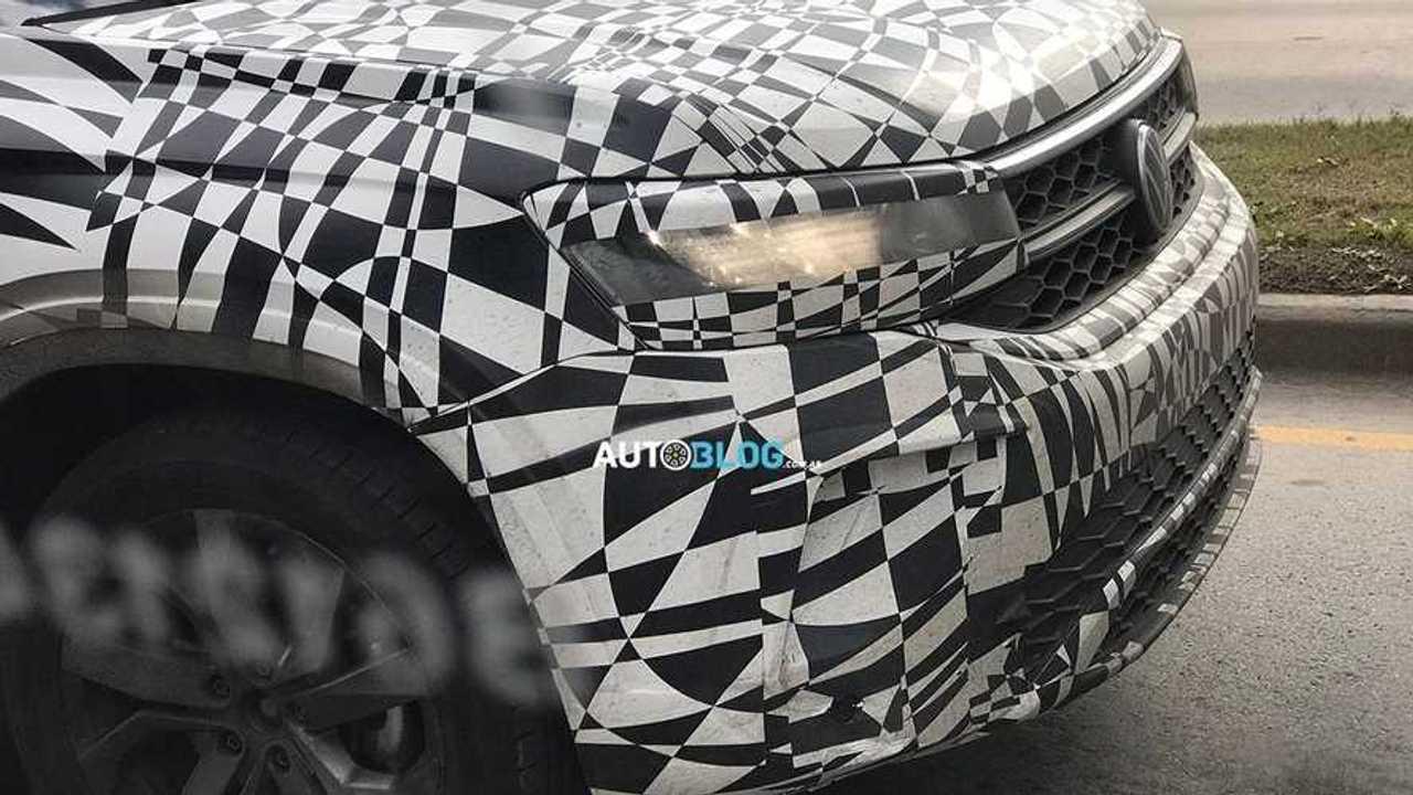 Volkswagen Tarek - Flagra da frente