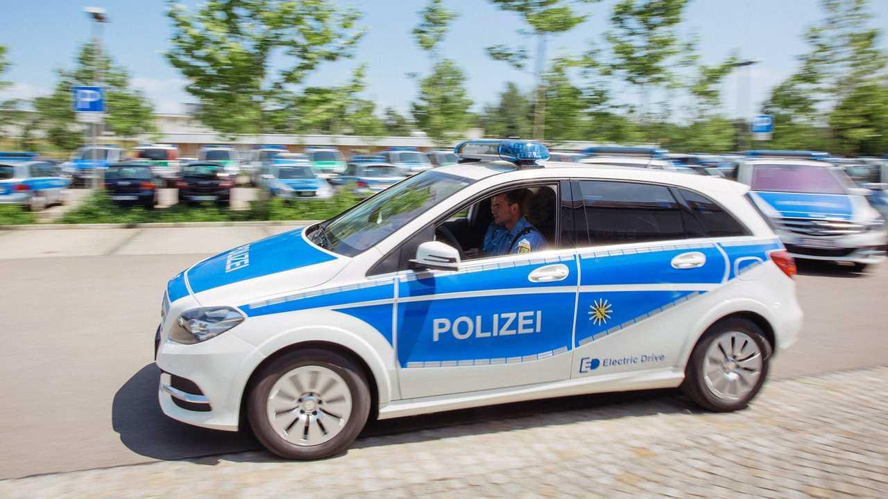 Polizeiautos in Deutschland: Mercedes B-Klasse Electric Drive