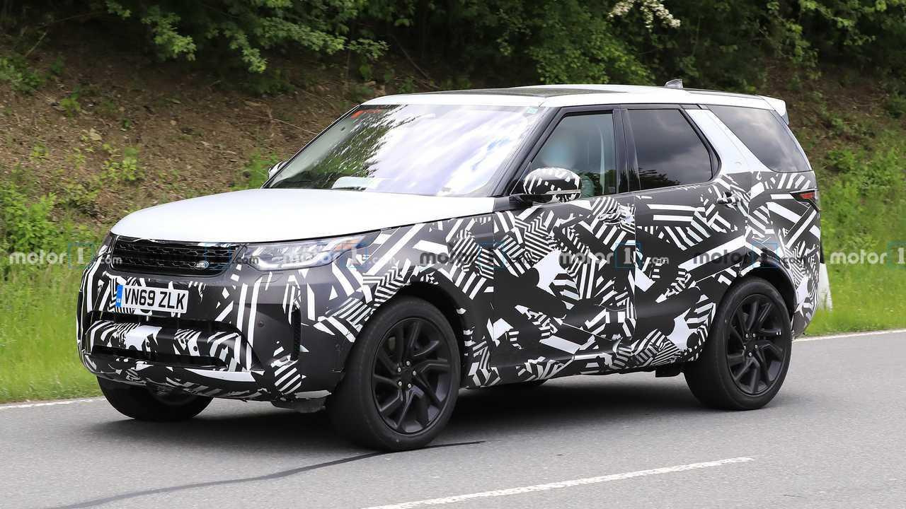 Land Rover Discovery reestilizado - Flagra