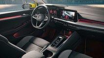 Volkswagen Golf GTI, il confronto con la versione normale