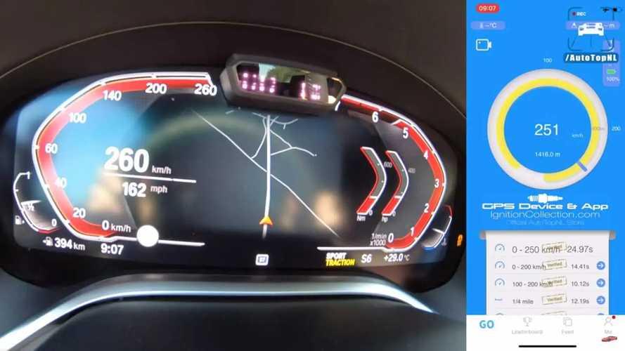2020 BMW 750i xDrive Hızlanma Videosundan Ekran Görüntüleri