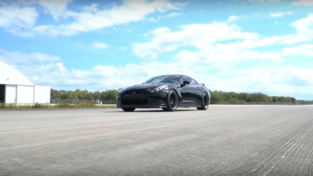 Watch an 1,100 bhp Nissan GT-R top out at 235 mph