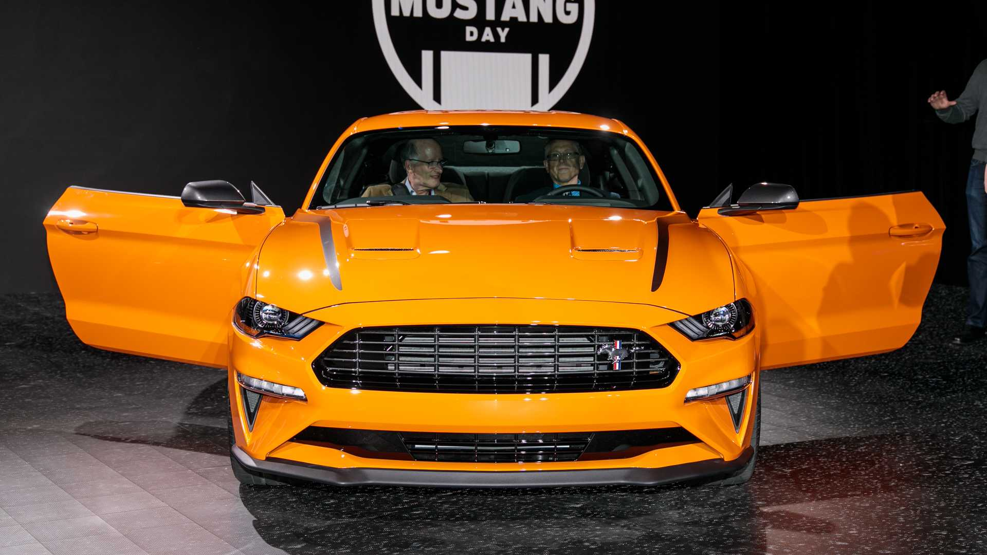 2020 Ford Mustang 2 3l High Performance Package Has 330 Hp Update