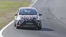 Toyota Yaris spy photo