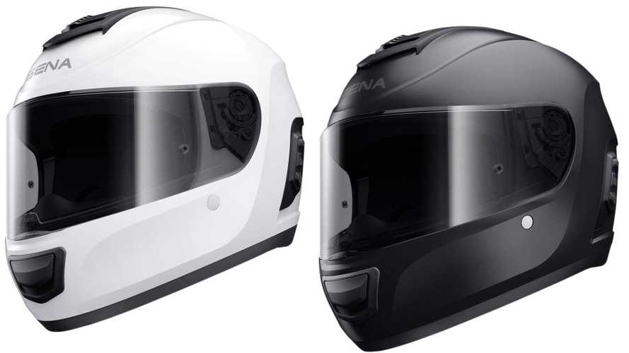 Gear Review: Sena Momentum Smart Helmet