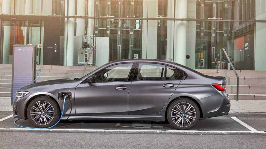 BMW Série 3 elétrico 'puro' irá inaugurar nova plataforma em 2025