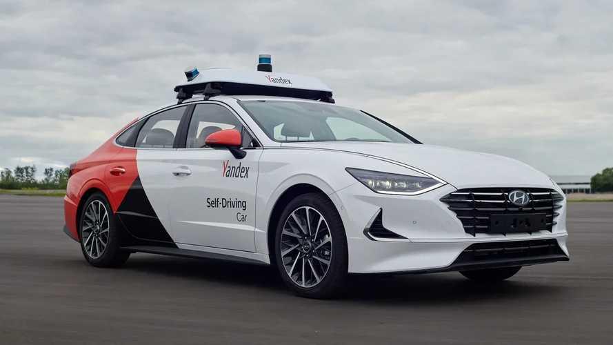 В России новую Hyundai Sonata превратили в беспилотник