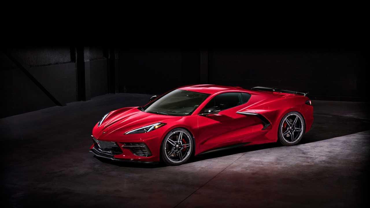 Este es el Chevrolet Corvette Stingray 2020, con motor central
