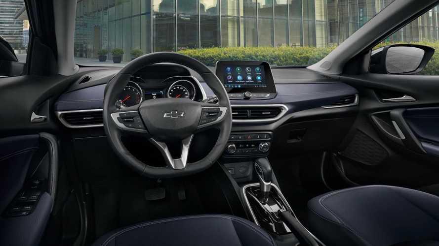 Novo Chevrolet Tracker 2020 revela interior em foto oficial