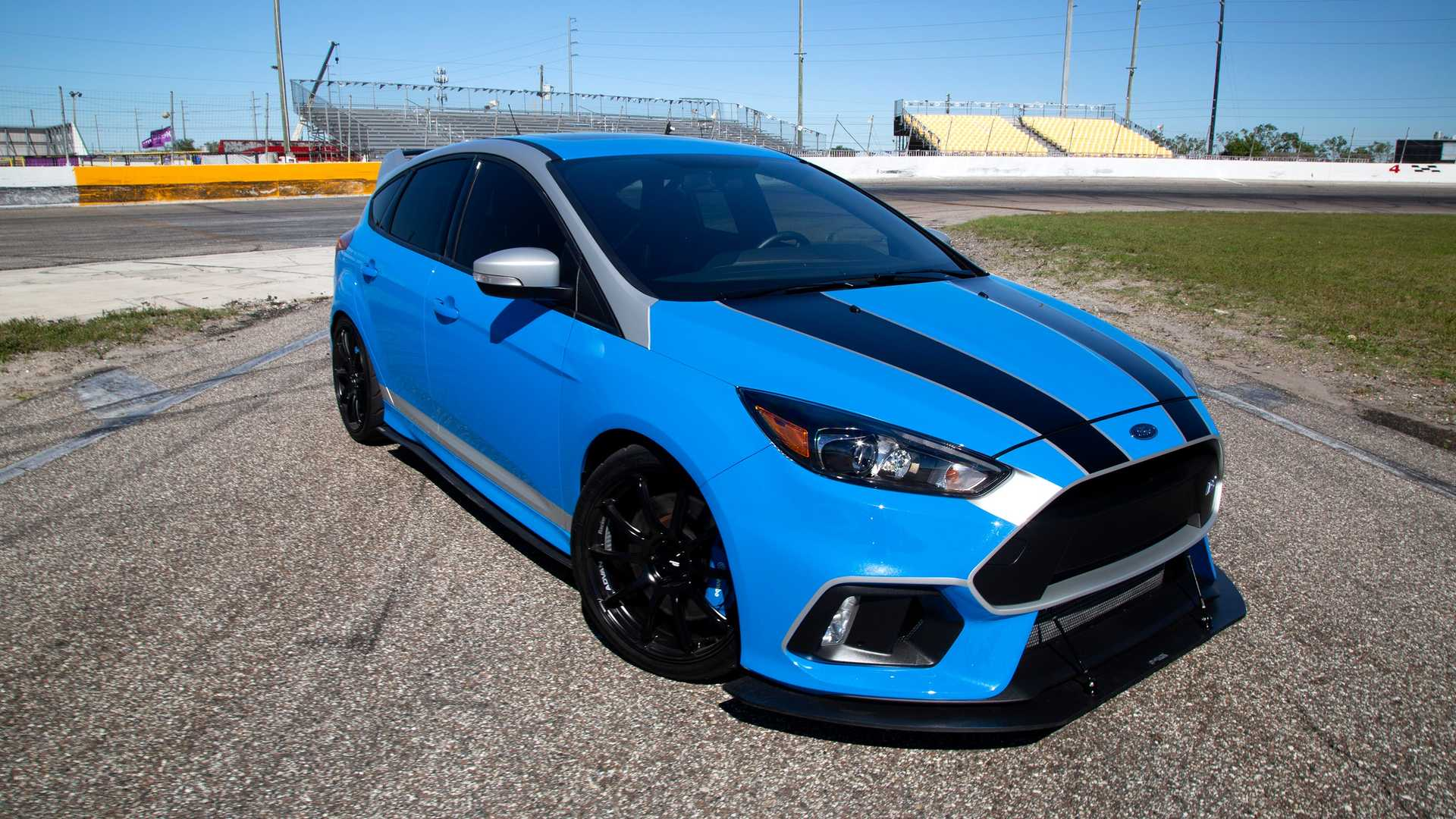 Focus Rs Hp >> Motor1 Com Exclusive Get Extra Chances To Win This 450 Hp Ford Focus Rs