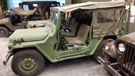 Show your patriotism with a 1966 jeep m151 mutt