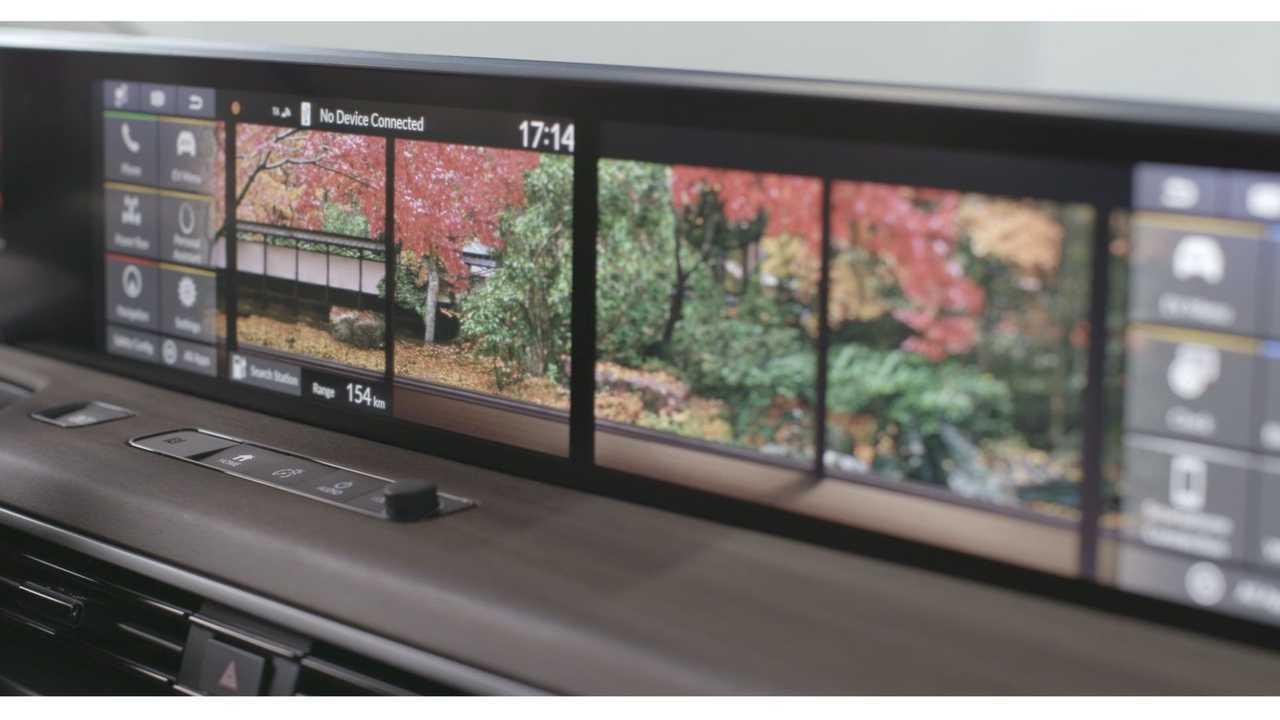 2020 Honda E Shows Off Its Dual 12.3-inch Touchscreens