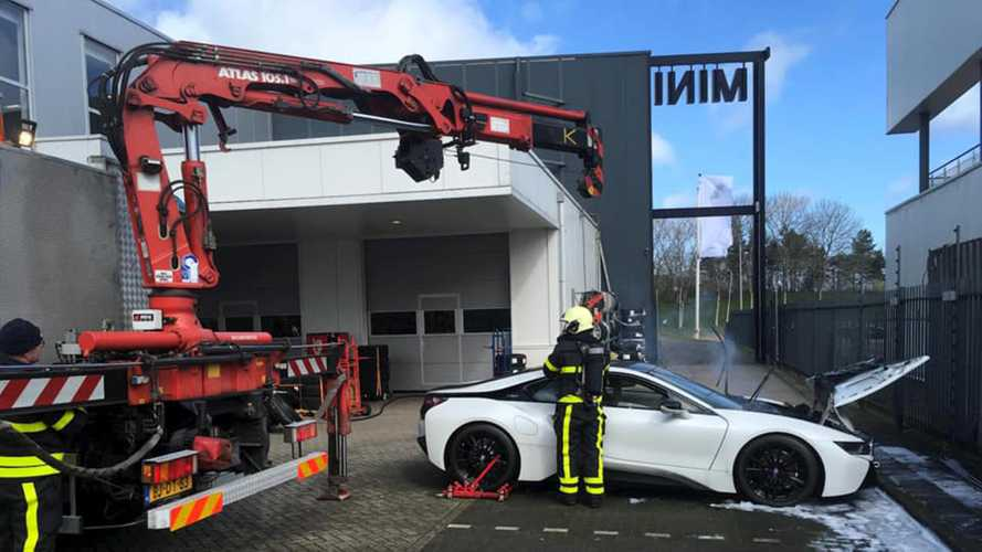 BMW i8 fire in The Netherlands
