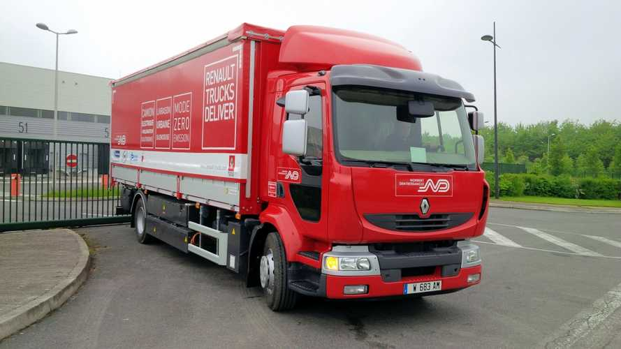 Renault Testing Extended Range Electric Semi Truck