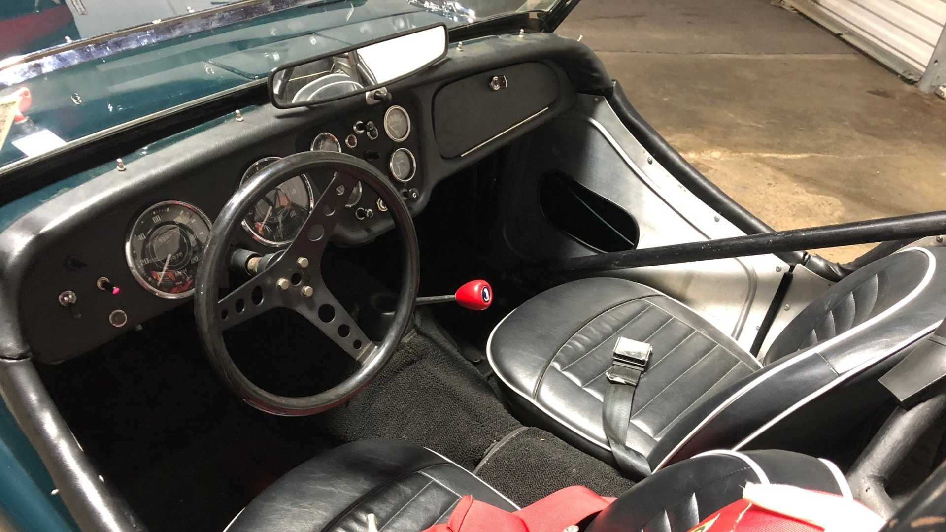 This Race Prepared Triumph Tr3a Is The Perfect Weekend Toy Motorious