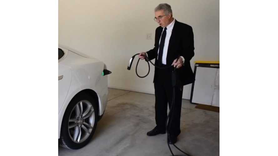 "The ""Lemon King"" Comes For Tesla Model S - video"