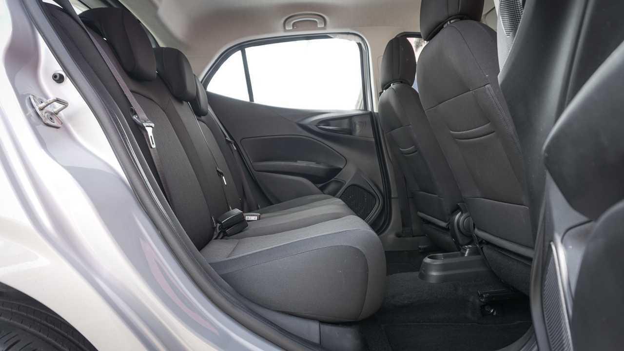 Comparativo: Ford Ka x Fiat Argo
