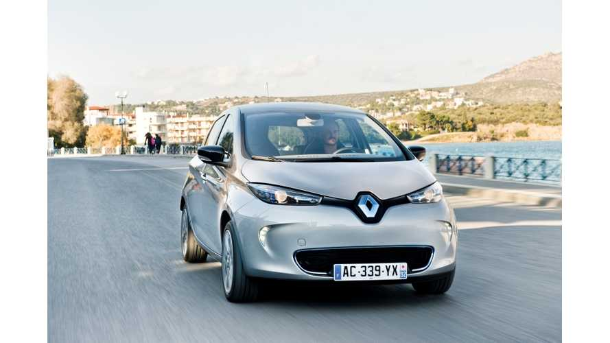 Renault Zoe Wins 2013 Techie for Best Green Development