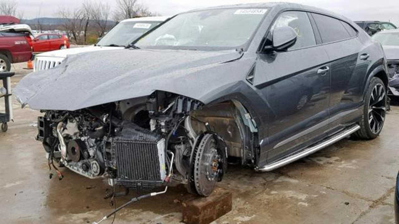 crashed lamborghini urus with 752 miles on sale for $115k