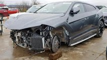 Crashed Lamborghini Urus for Sale