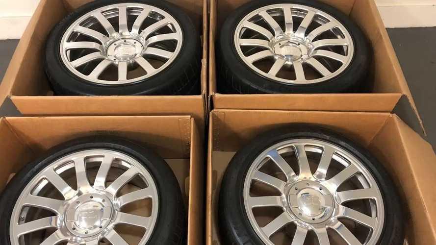 Pneus Bugatti Veyron 16.4 à vendre