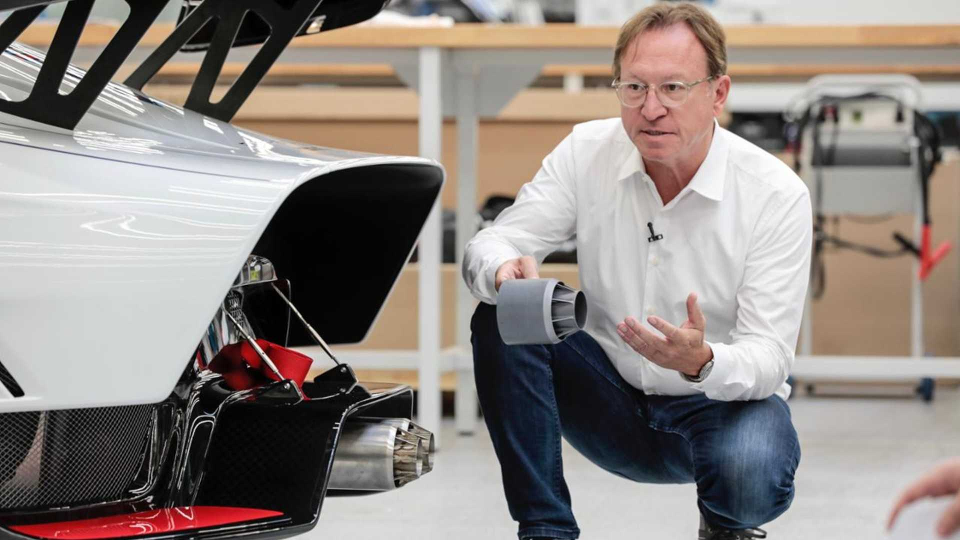 """[""""Porsche 935""""]"""