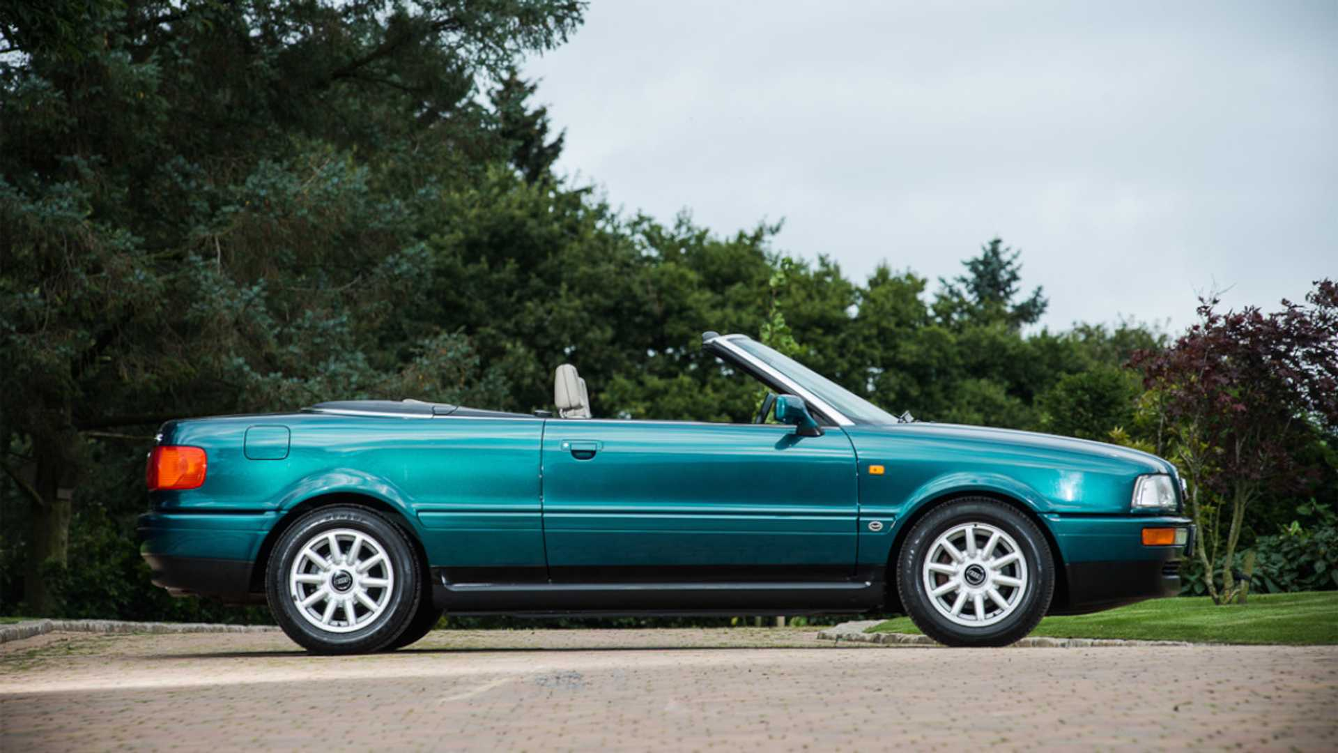 "[""Princess Diana's 1994 Audi Convertible Up For Grabs""]"