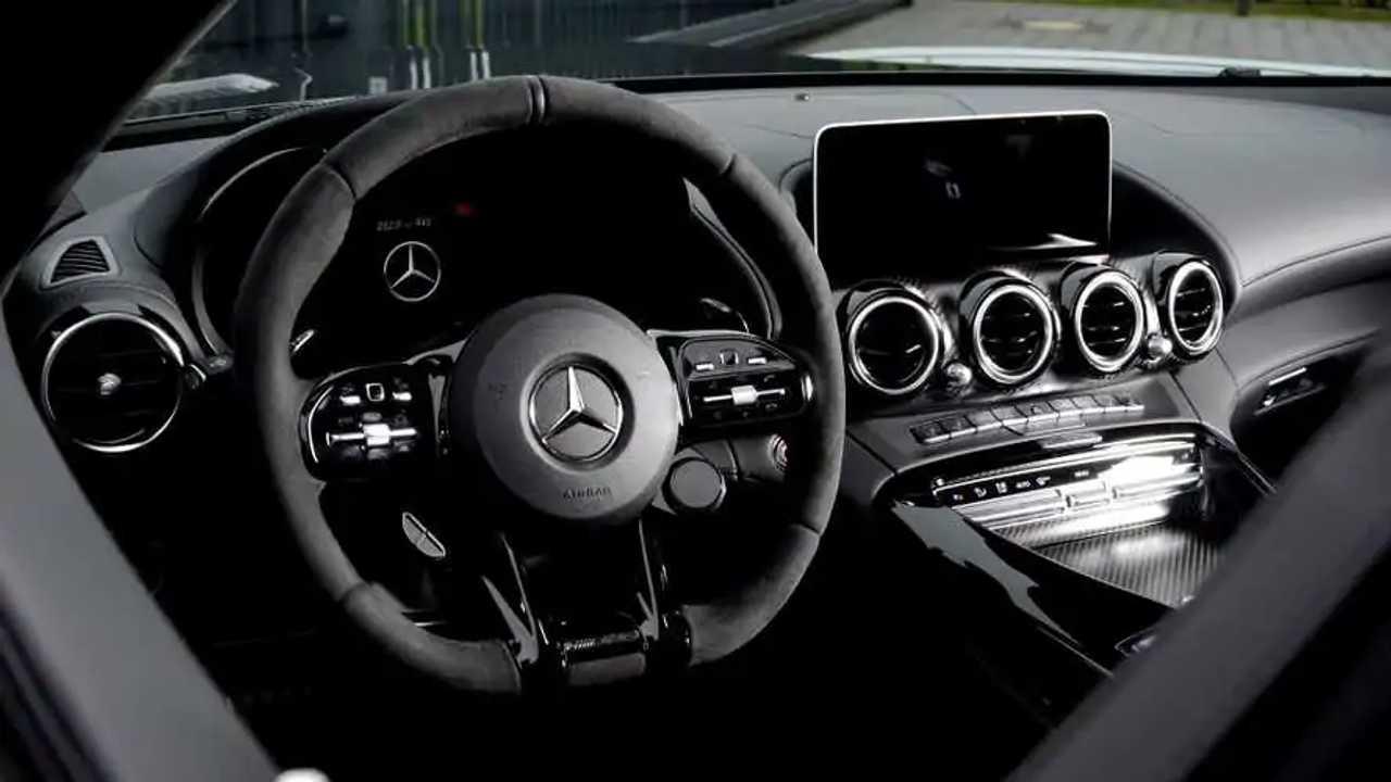Mercedes-AMG GT R Roadster - Wheelsandmore