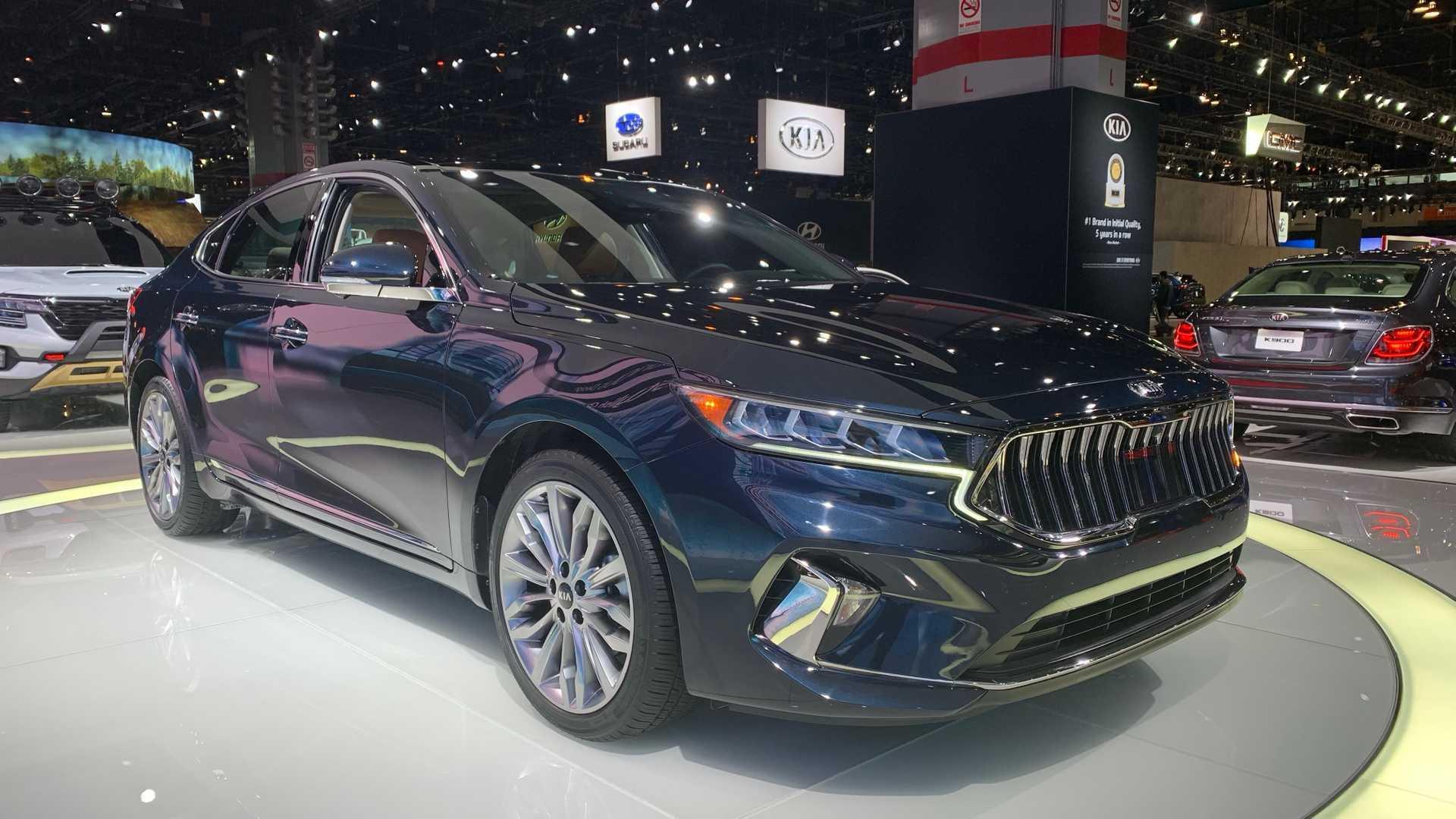 2020 Kia Cadenza at Chicago Auto Show