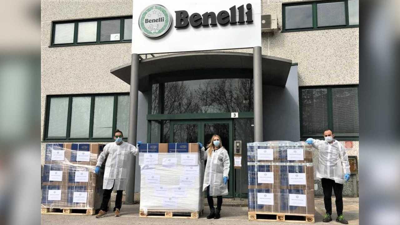Benelli Donates Gear Coronavirus