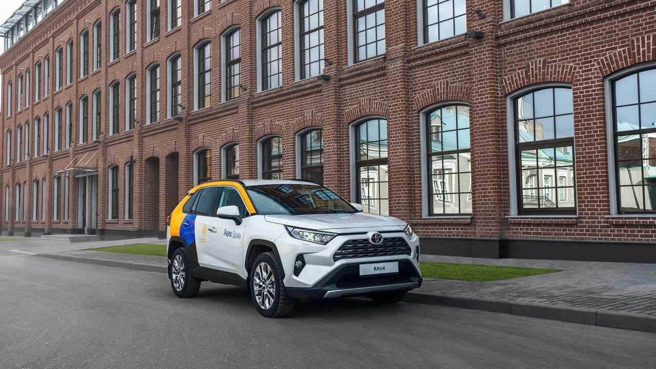 Toyota RAV4 Yandex Drive