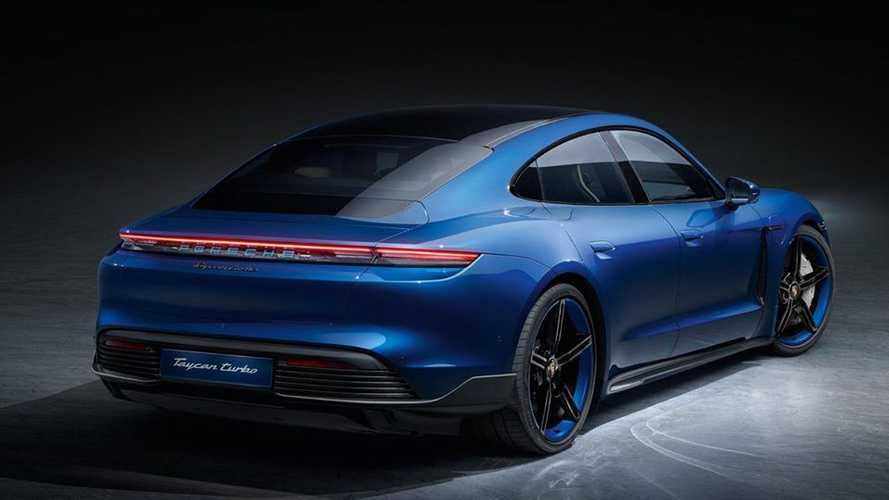 Porsche Taycan con SportDesign Package Carbon