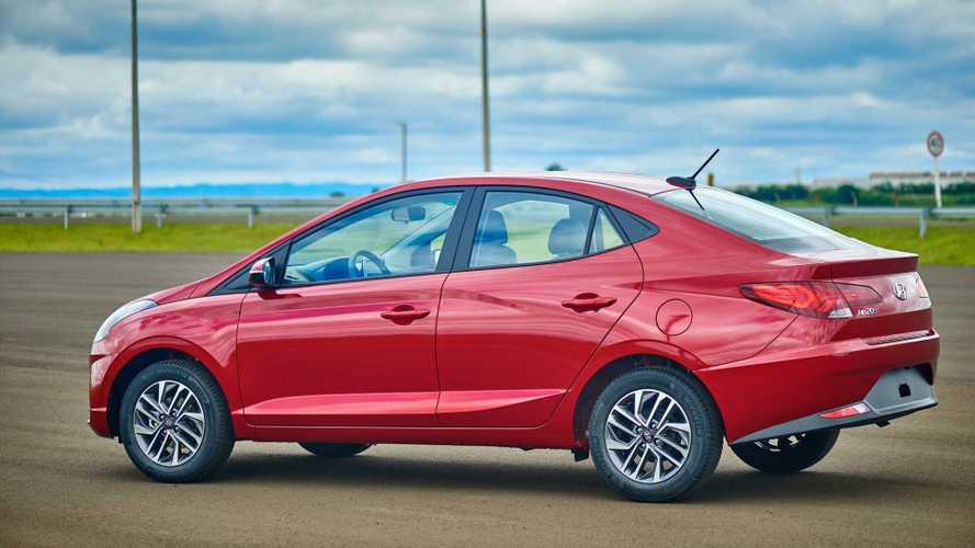 Novo Hyundai HB20S ganha cor vermelha, mas só para exportação