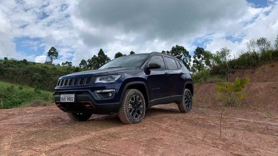 Vídeo: O que tem e como anda o Jeep Compass Trailhawk de R$ 200 mil