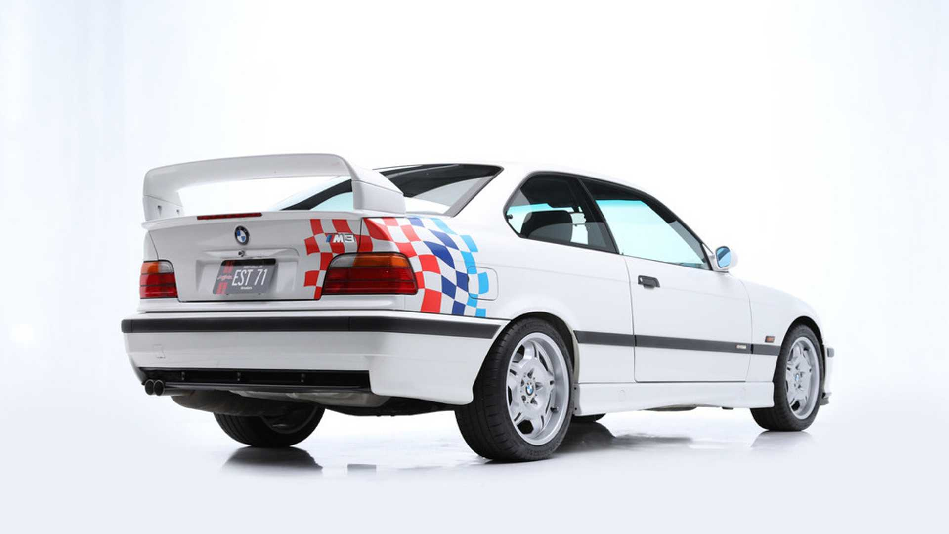 "[""7 Paul Walker BMW M3s Head To Auction""]"