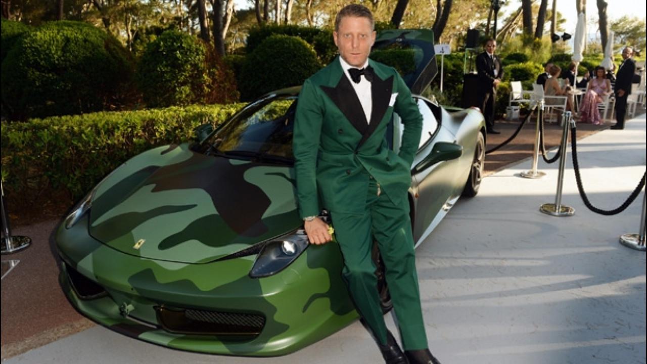 [Copertina] - Ferrari 458 Italia, 1 milione di euro per quella Camouflage di Lapo Elkann