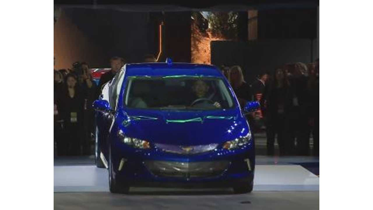 2016 Chevrolet Volt & Bolt EV Concept Reveal Video - Live From 2015 NAIAS
