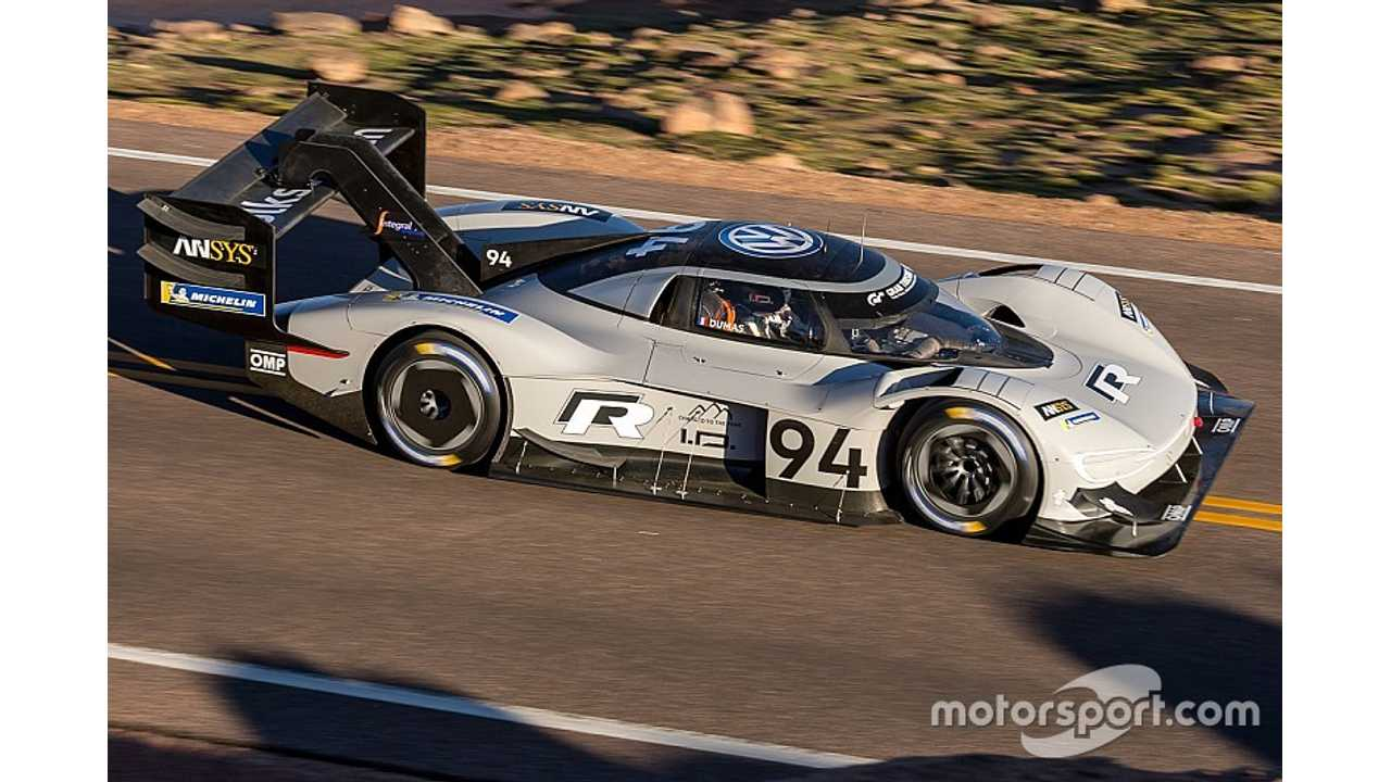 Electric Volkswagen I.D. R Sets Quickest Qualifying Time At Pikes Peak
