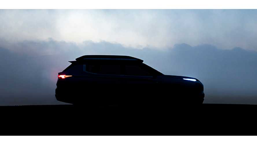 Mitsubishi Engelberg Tourer Electric SUV Teased