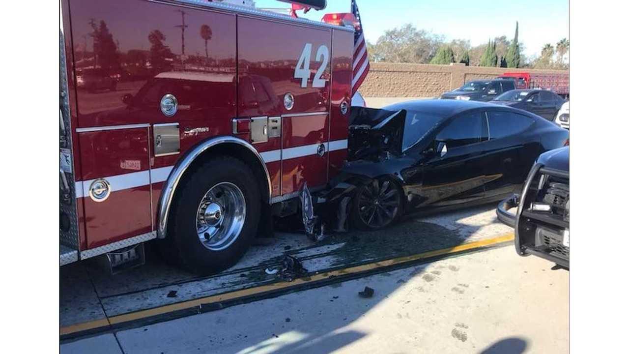 UPDATE 2 - Tesla Model S Rear Ends Stopped Fire Truck - Drive Log Released
