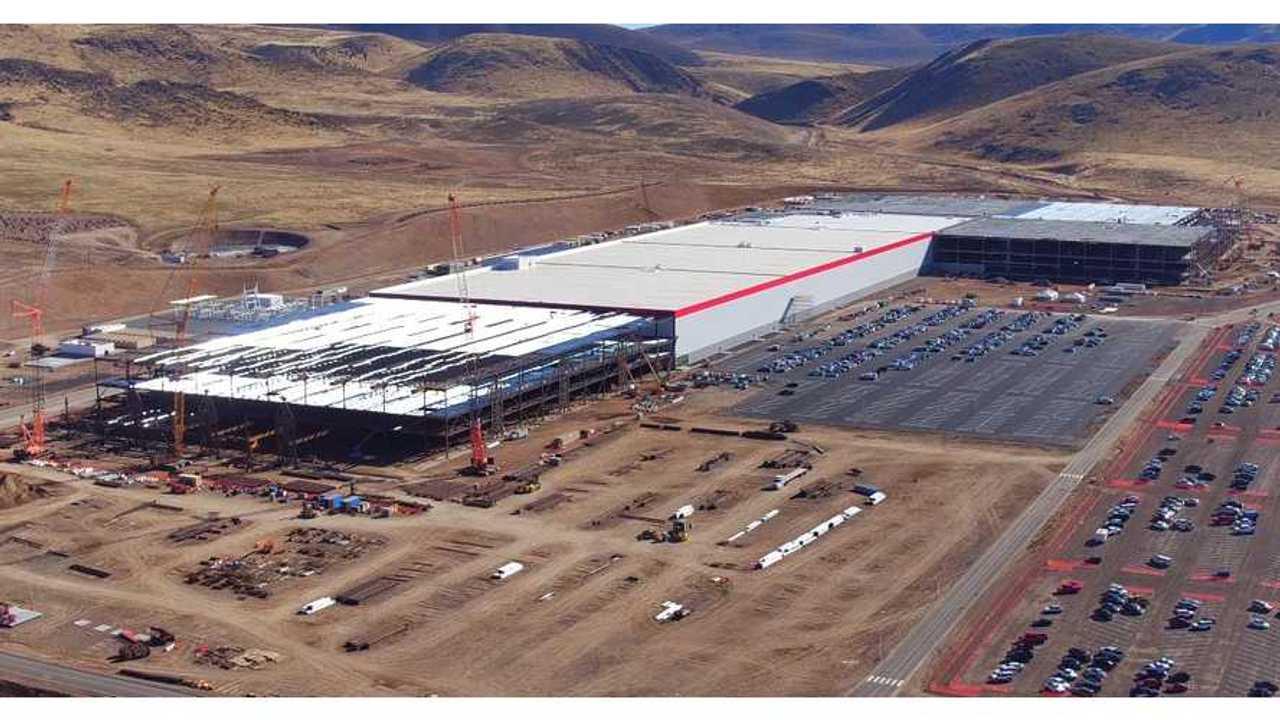 Tesla Seeking Manufacturing Engineers For Gigafactory