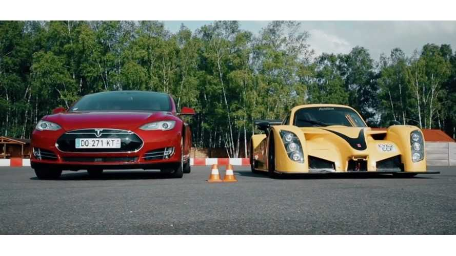 Tesla Model S P85D vs Radical RXC Turbo 500 - Drag Race Video