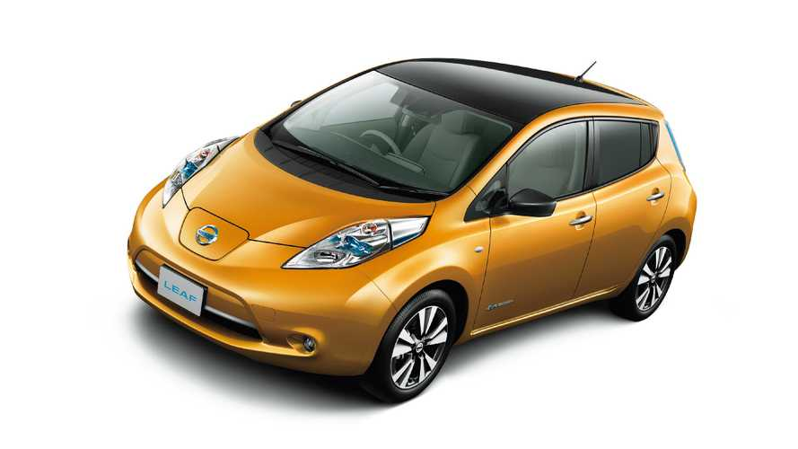 2016 Nissan LEAF In Japan With Forward Emergency Braking & Lane Departure Warning
