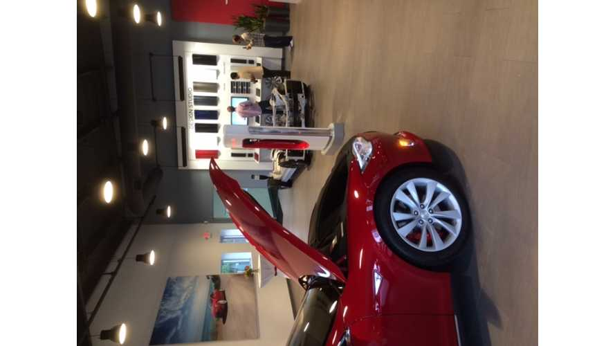 Tesla Opens Service Center in Charlotte, North Carolina - Owners Unite