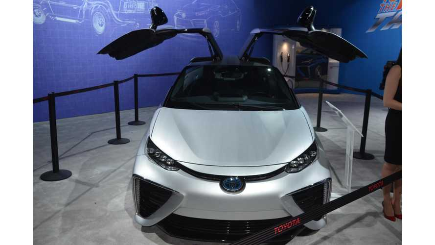 Toyota's Back to the Future Mirai at 2015 LA Auto Show - videos