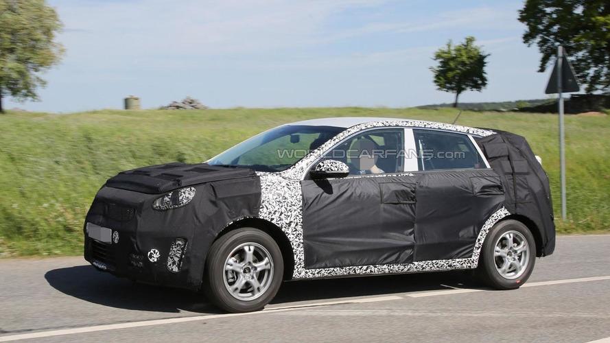 Kia Ceed Sportsvan spied undergoing testing
