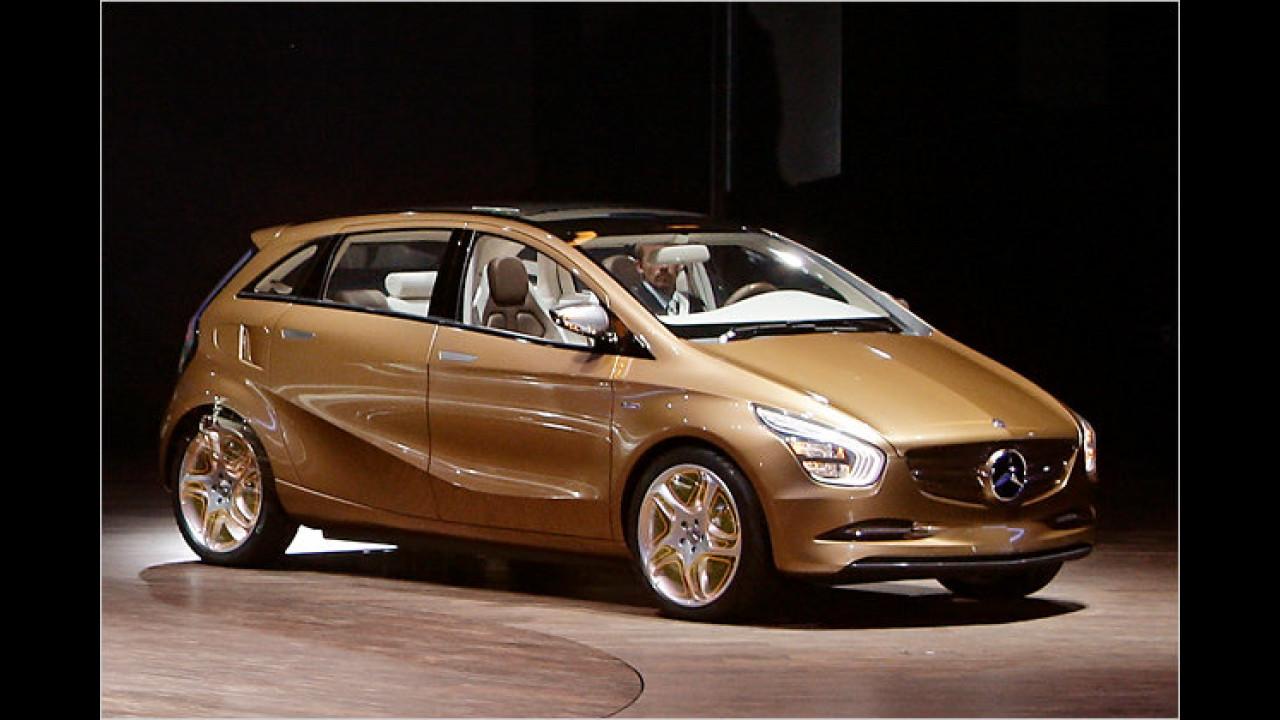 Mercedes BlueZero E-Cell Plus