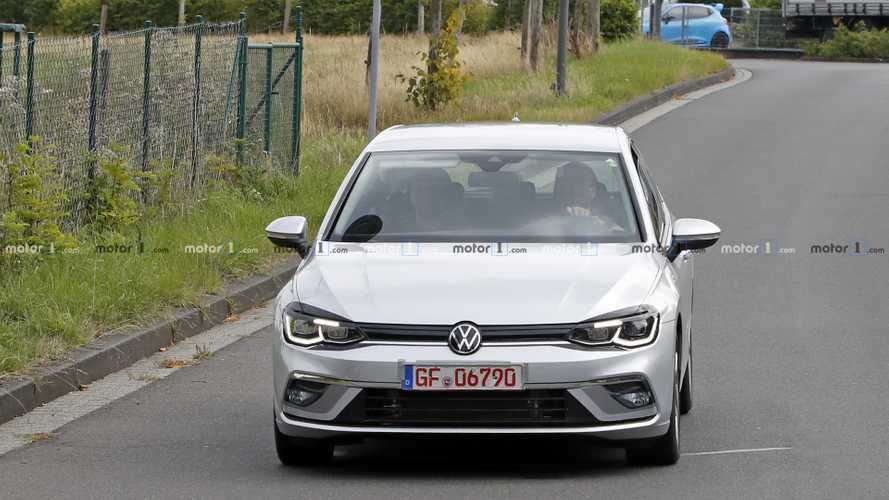 2021 VW Golf GTE new spy photos