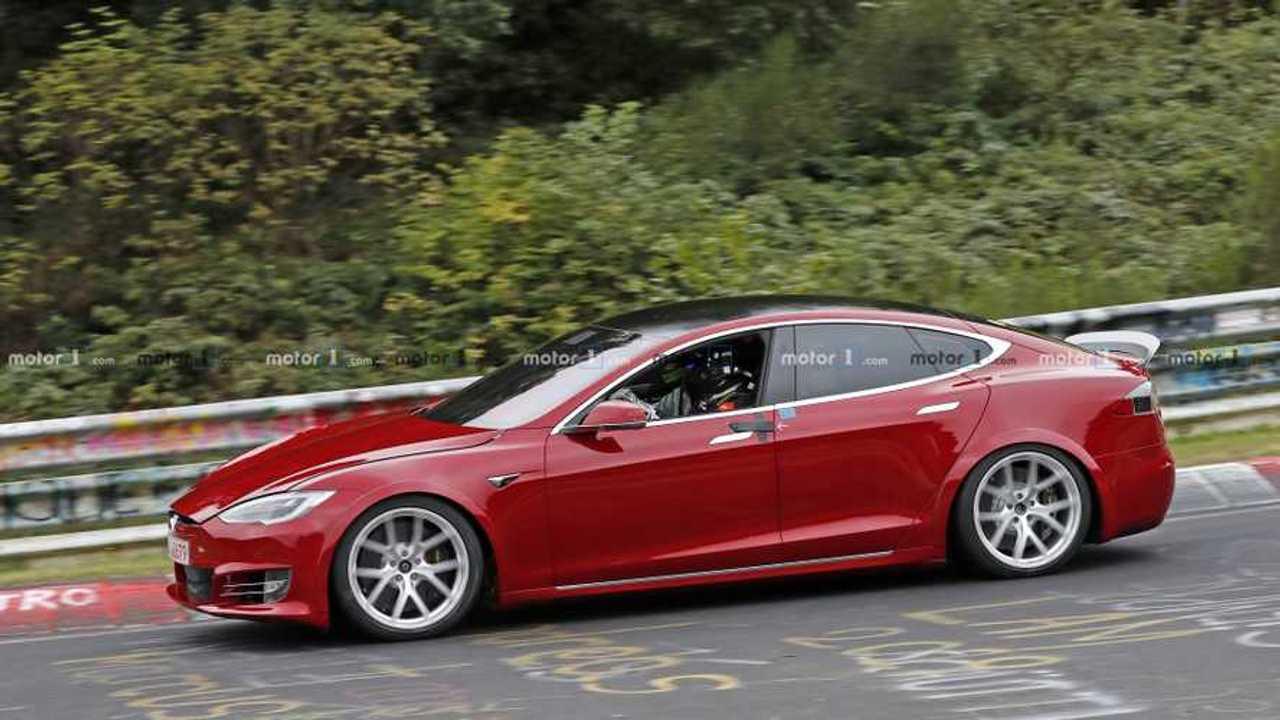 Tesla Model S Plaid spy photo