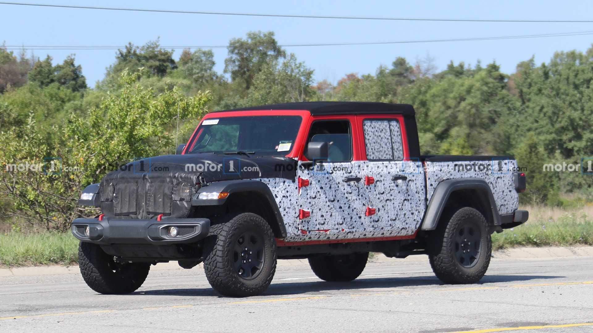 Fresh Spy Shots May Show Jeep Gladiator 'Hercules' With 500+ HP